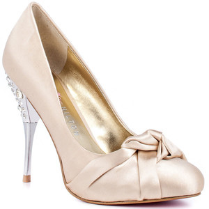 Paris Hilton Spelled - Ivory - Women's Platform Pumps | Platformebi | პლატფორმები