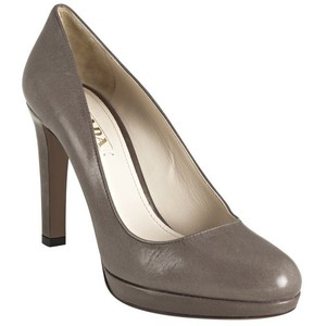 Prada Clay Leather Platform Pumps - Women's Platform Pumps | Platformebi | პლატფორმები